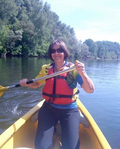 Me steering from behind, canoeing on the Dordogne
